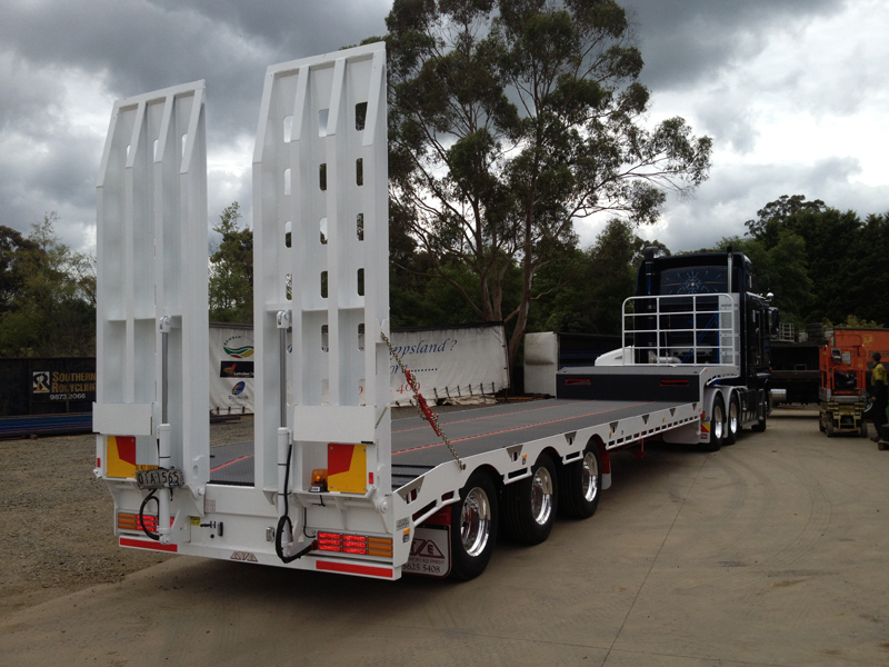 Drop Deck Flatbed Trailer for sale by Kaufman Trailers